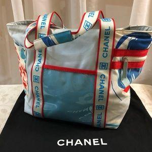 b4aa75b67142 CHANEL Bags - 🆕 Chanel Surf Line Signature Tote Bag 👜